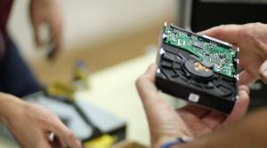 Educacion Digital Critica dinamica hardware 2